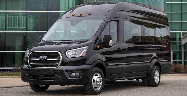 passenger-van-Queens